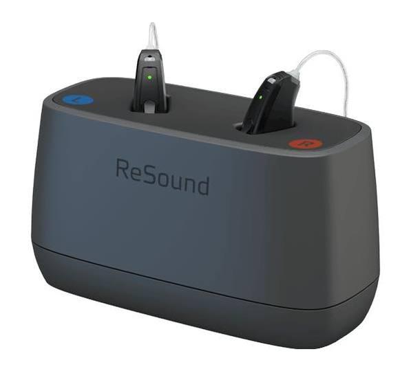 通話・音楽も聴ける。ガジェットに囲まれた時代に求められるスマホ対応補聴器