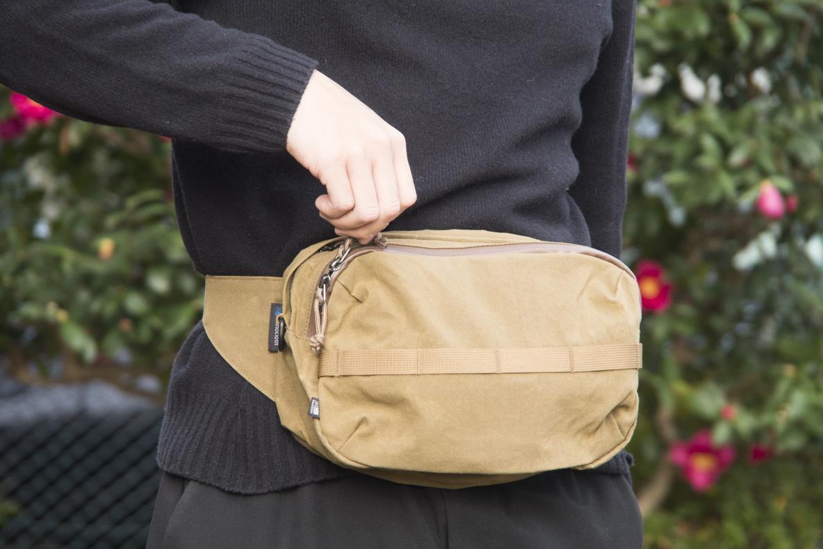 これぞ理想のサイズと使い勝手! カリマーの2WAYバッグはタフなうえに自分好みにカスタマイズできるんだ|マイ定番スタイル