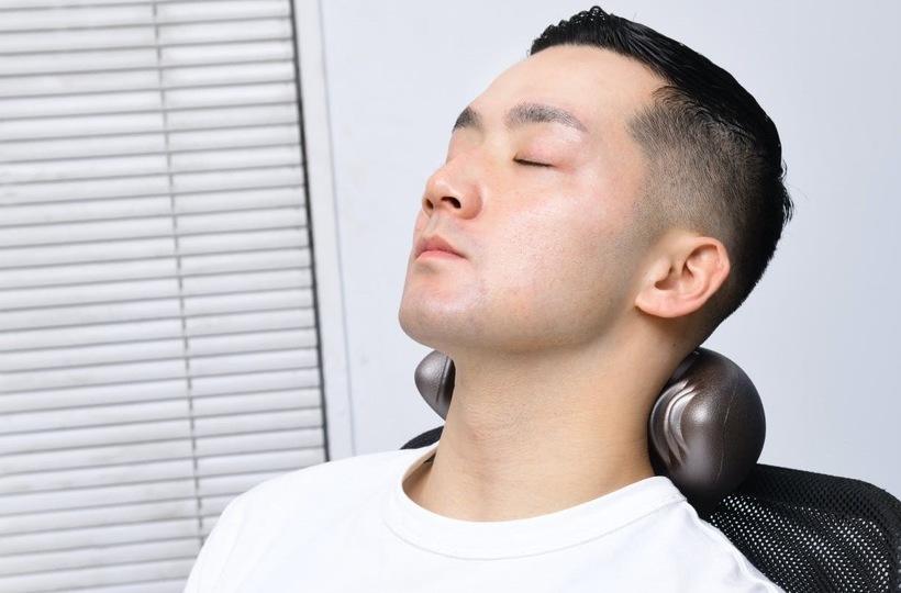 17の突起が気持ちいい ! 首や肩を刺激するC-Rest Shoulderを使ってみた