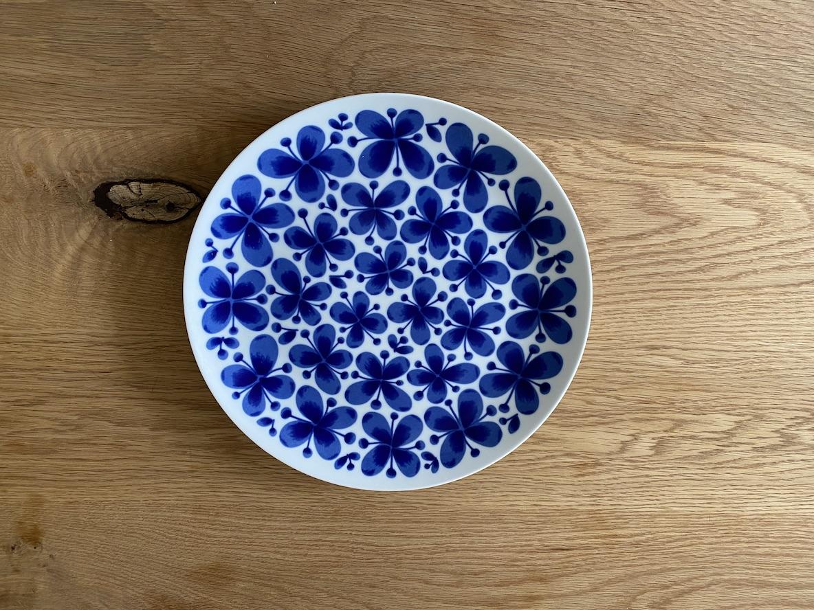 北欧ブルーのお皿で作るワンプレート朝ごはん。大きめの27cmだから作りやすいんです|マイ定番スタイル