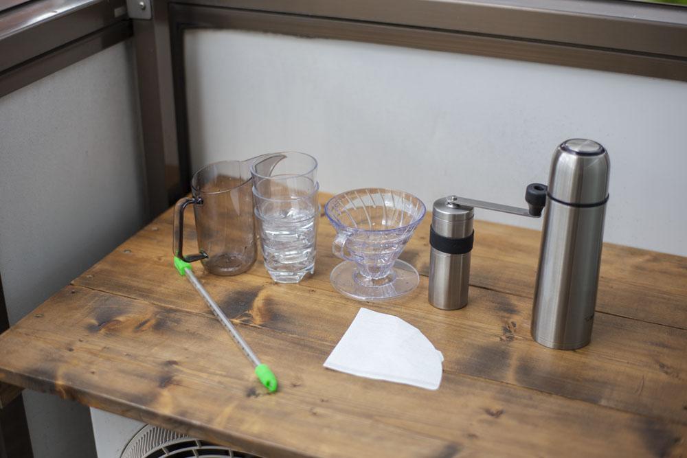 500円の「割れないグラス」が外でコーヒーを淹れて飲むのに最高なアイテムだった|マイ定番スタイル