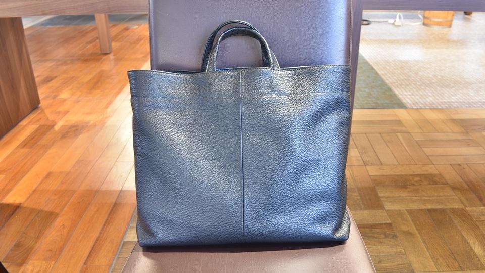 日常になじむシンプルで上品な日本製バッグ「KIITSU BAG」を使ってみた