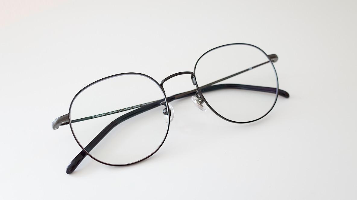 Zoffのクリアサングラスなら不審者感ゼロ! ほぼメガネなのにUV100%カットってすごすぎる|マイ定番スタイル