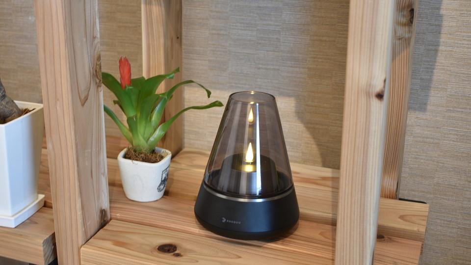部屋の間接照明を360℃サウンドスピーカー搭載のLEDランタンにしてみた